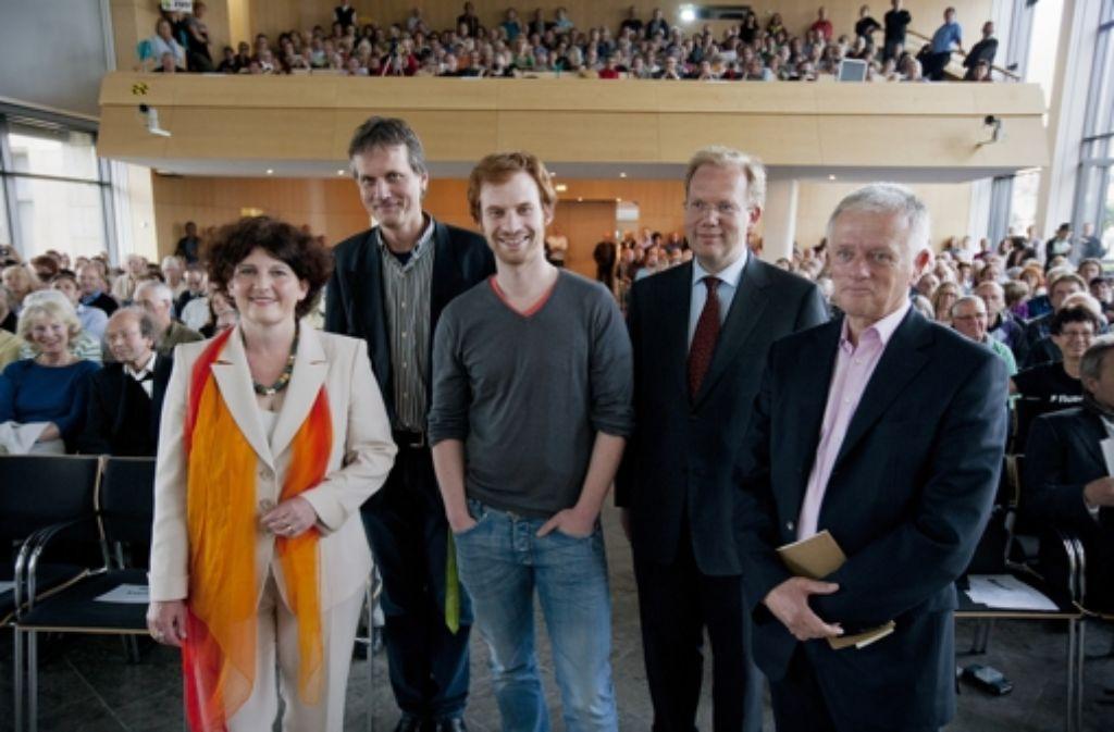 IHK-Präsident Herbert Müller kritisiert die OB-Kandidaten. Ihm fehlen konkrete Aussagen zur Wirtschaftspolitik. Foto: Achim Zweygarth