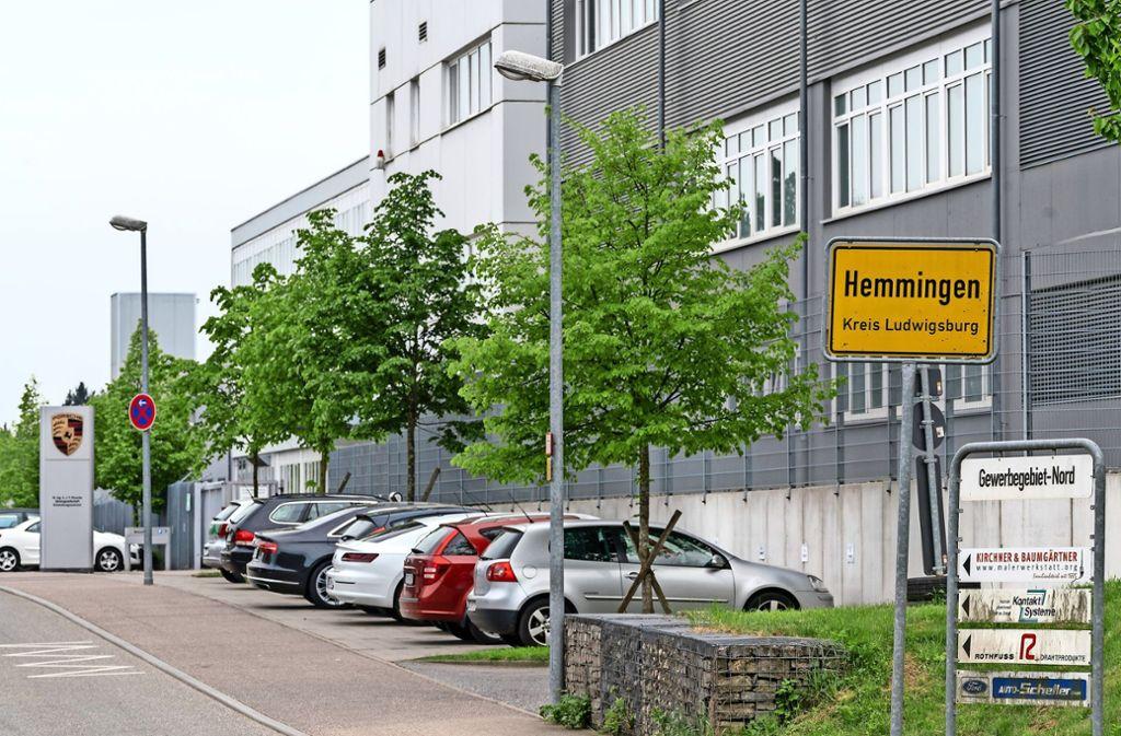 Der Sportwagenbauer Porsche will dauerhaft in Hemmingen bleiben. Deswegen hat er das Firmengelände gekauft. Foto: factum/Weise