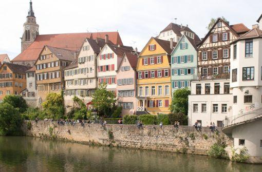 Die Klägerin will wieder am Neckar spazieren gehen