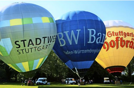 Wettfahrt von 25 Heißluftballonen
