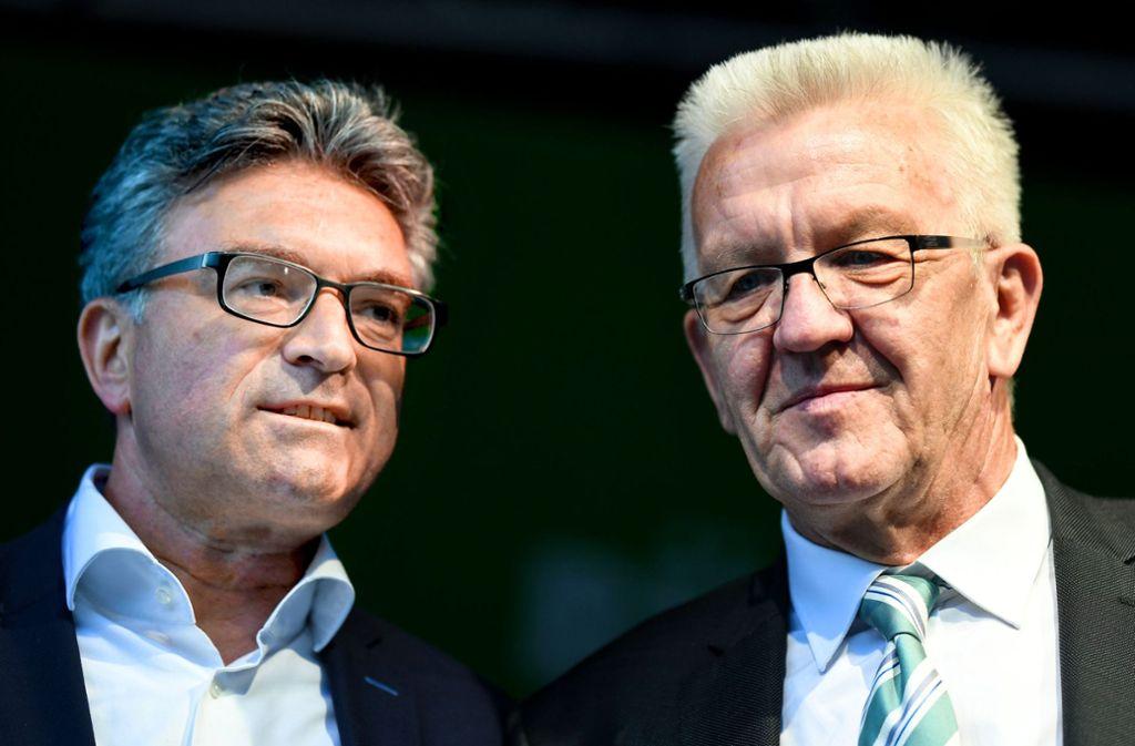 Auch die Schützenhilfe Winfried Kretschmanns half nicht: Dieter Salomon wurde als Oberbürgermeister von Freiburg abgewählt. Die Grünen sagen: Das war eine Persönlichkeitswahl. Foto: dpa