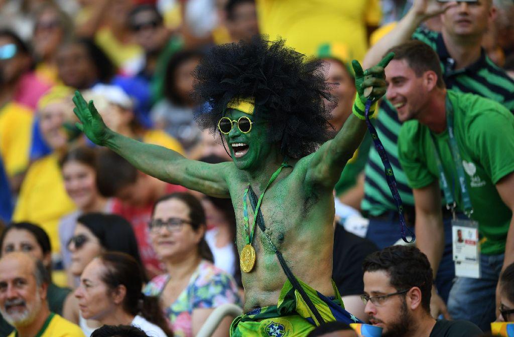 Ein brasilianischer Fan feiert seine Sportler. Foto: AFP