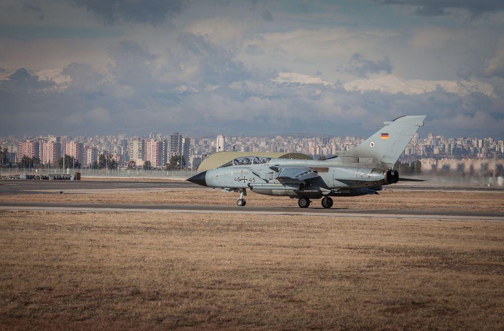 Vom Nato-Stützpunkt Incirlik aus starten die Aufklärungsflüge über Syrien und dem Irak. Foto: Bundeswehr
