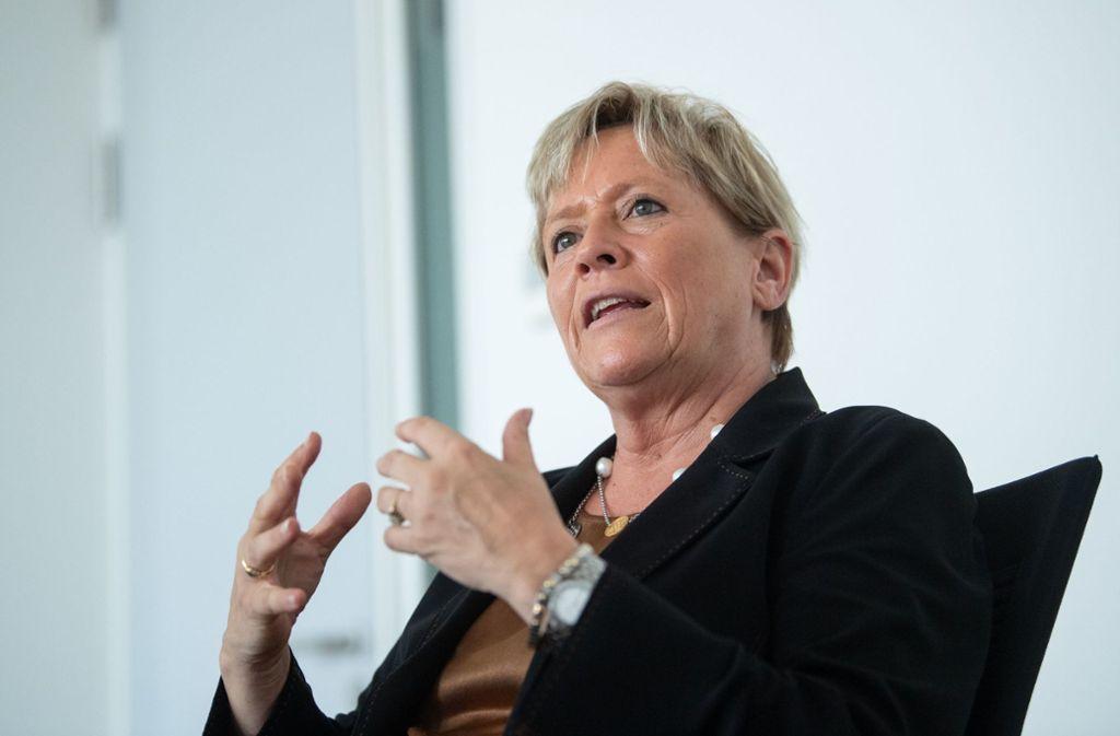 Susanne Eisenmann geht gegen das AfD-Portal vor. Foto: dpa/Marijan Murat