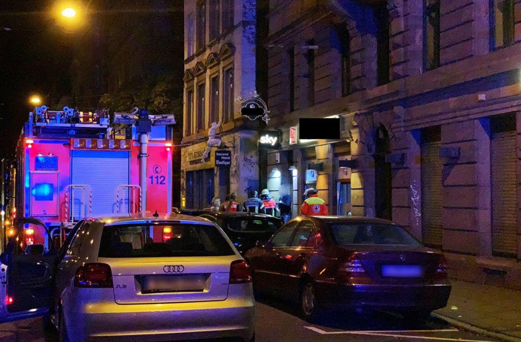 Feuerwehreinsatz am Mittwochabend in der Böblingerstraße in Stuttgart-Süd. Foto: 7aktuell.de/Sven Franz