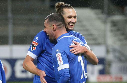 Die Blauen feiern ungefährdeten Derbysieg beim SSV Reutlingen