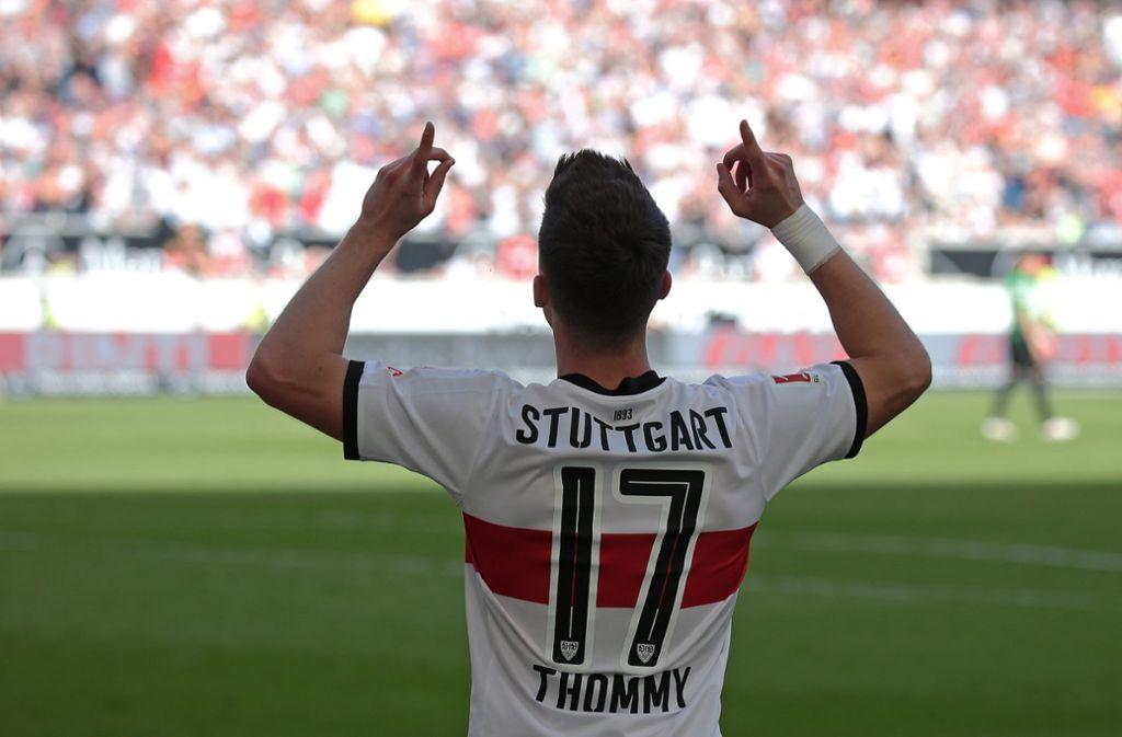Erik Thommy freut sich über seinen Treffer. Foto: Pressefoto Baumann