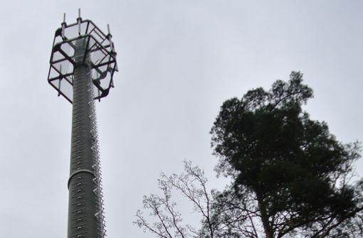 Anwohner wehren sich gegen geplanten Mast