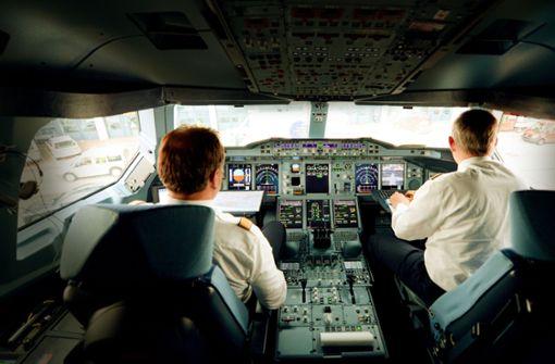 Haben Piloten das Fliegen verlernt?