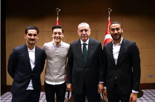 Der Fall Erdogan: Gündogan spricht, Özil schweigt