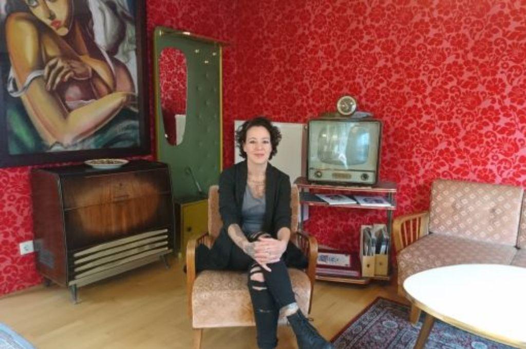 Geht unter die Haut: Sandra Daumüller in ihrem Studio im Stuttgarter Süden. Foto: Björn Springorum