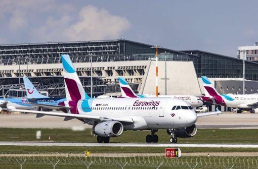 Fluggastzahl stürzt um 65 Prozent ab