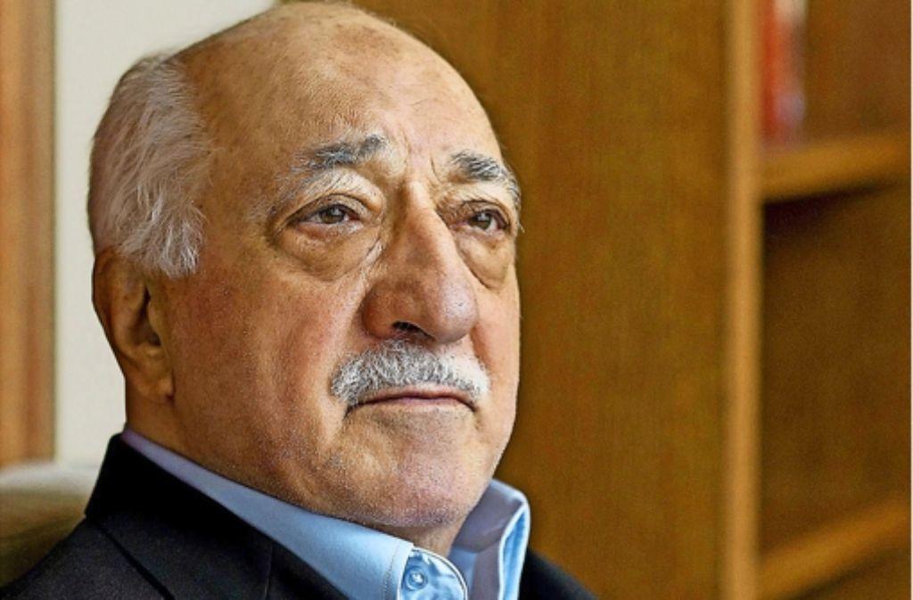 """Der Prediger Fhetullah Gülen lebt überwiegend in den USA – weil der baden-württembergische Verfassungsschutz einige Passagen aus seinen Reden als """"verfassungskritisch""""  bewertete, wurde die Behörde Kritik aus den Reihen der Gülen-Anhänger zum Teil heftig kritisiert. Foto: dpa"""