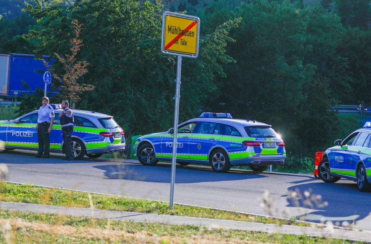 Die Beamten waren mit einem Großaufgebot vor Ort. Foto: 7aktuell.de/Christina Zambito