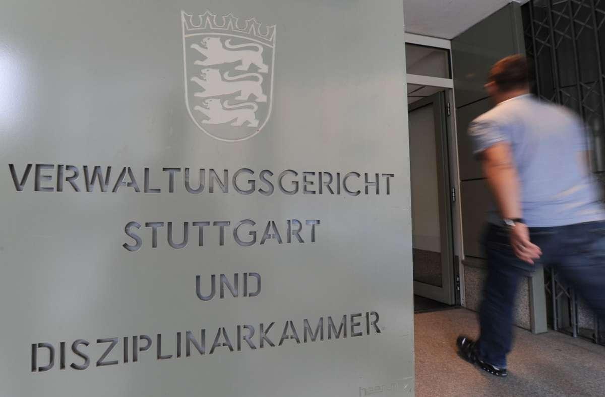 """""""Wir haben noch keine Verbotsverfügung erhalten"""", so Markus Frohnmaier, der Sprecher der Südwest-AfD und """"Sollten wir sie bekommen, werden wir juristisch dagegen vorgehen."""" (Archivbild) Foto: picture alliance / dpa/Franziska Kraufmann"""
