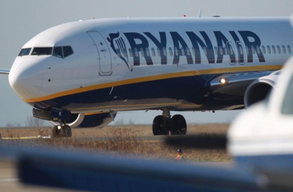 Gleich drei Maschinen des Billigfliegers müssen einen Notruf absetzen. Foto: dpa