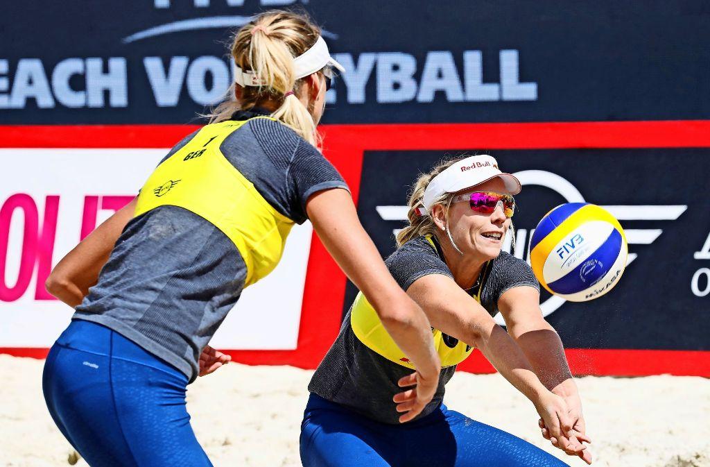 Je mehr hochklassige Turniere ohne sie stattfinden, umso größer wird der Frust: Beachvolleyball-Duo Karla Borger (re.) und Margareta Kozuch Foto: Getty