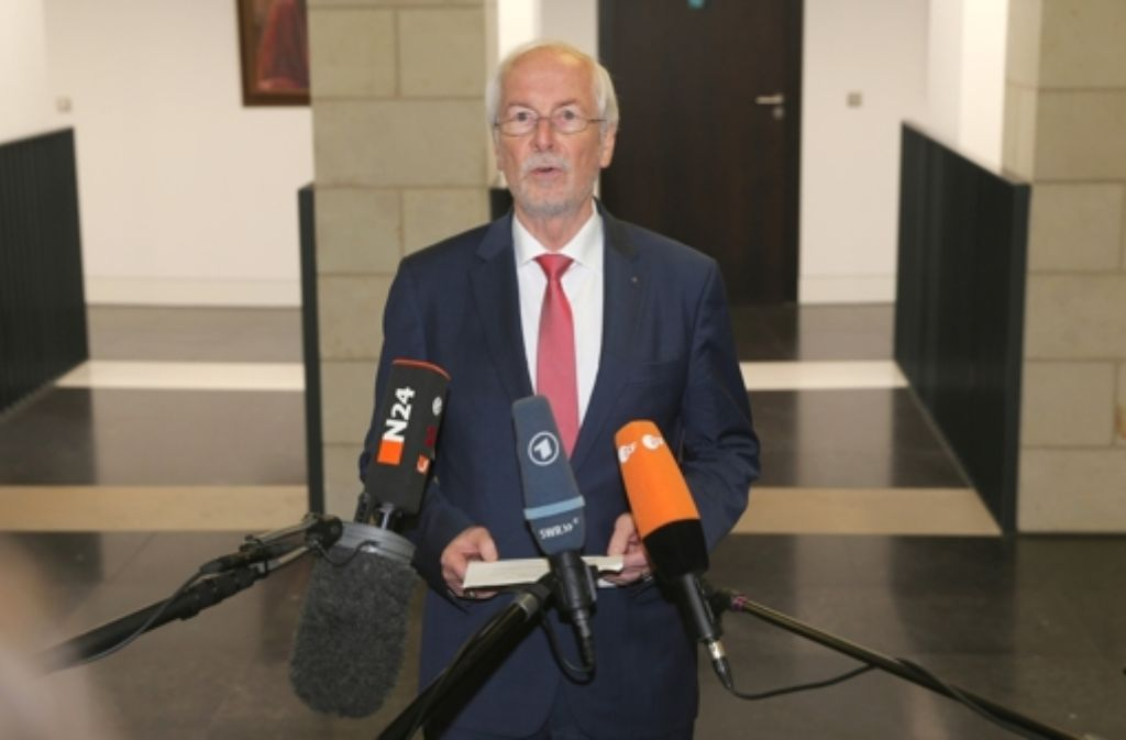 Entlassen: Generalbundesanwalt Harald Range  Foto: dpa