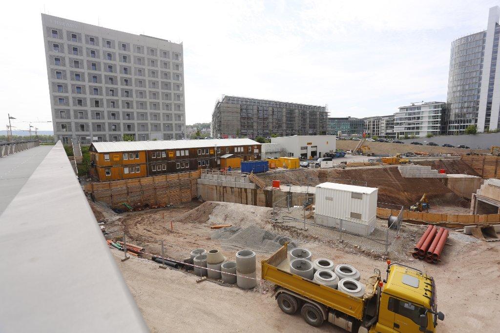 Wir fotografieren die Baustellen in Stuttgart regelmäßig: Dieses Mal haben wir dem neuen Stadtquartier Milaneo im Europaviertel mit der Kamera einen Besuch abgestattet. Klicken Sie sich durch die Fotostrecke. Foto: www.7aktuell.de | Florian Gerlach