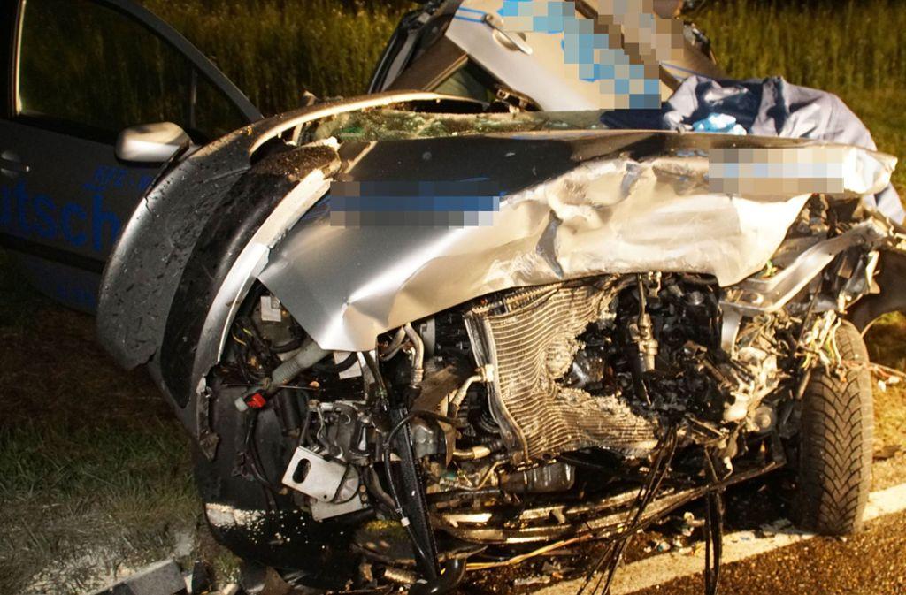 Bei dem Unfall wurden beide Autofahrer verletzt. Foto: SDMG/Gress