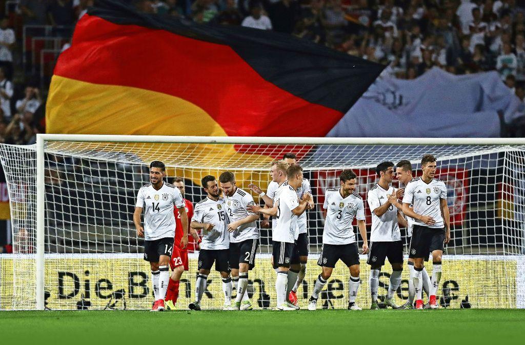 Die junge deutsche DFB-Elf hatte im Vorfeld des Confed-Cups Grund zur Freude. Doch nun steht der Stresstest in Russland an. Foto: Getty