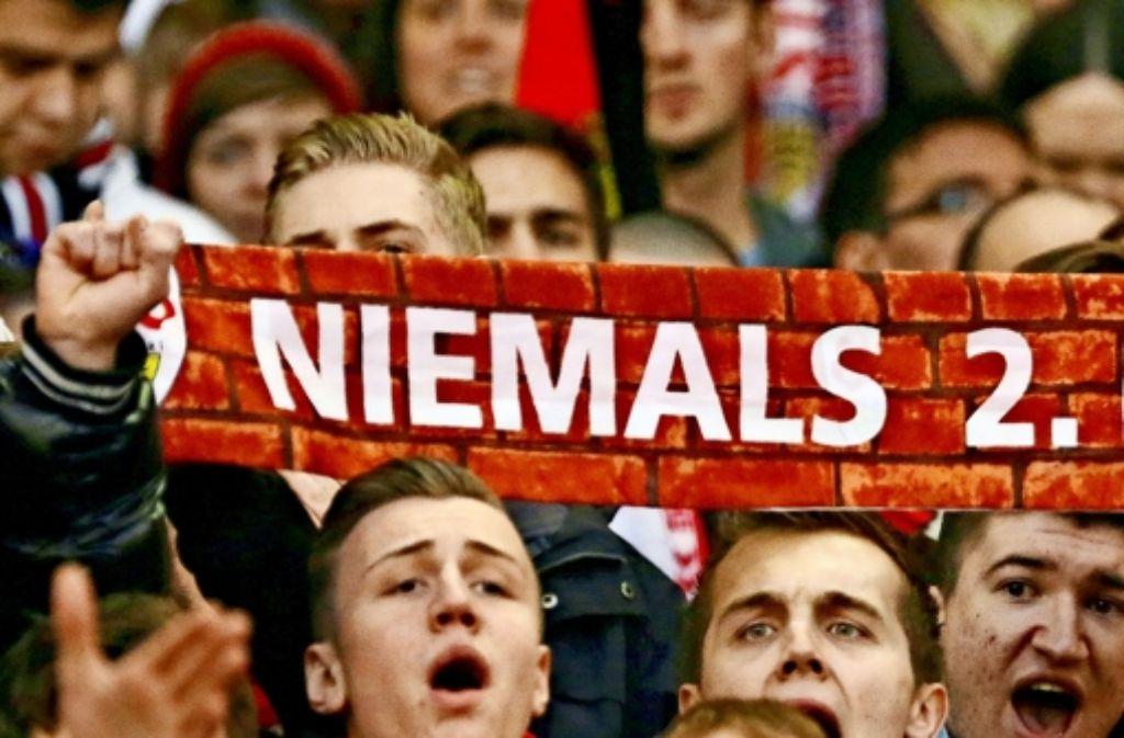 Sag niemals nie – falls es den VfB erwischen sollte, wäre die städtische Stadiongesellschaft auch auf eine längere Durststrecke vorbereitet. Foto: Baumann