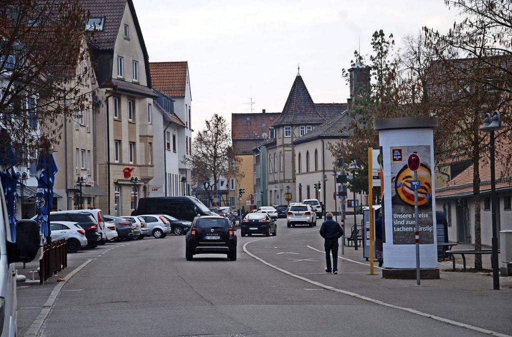 In der Inneren Ulmer Straße darf bald nur noch mit 30 Kilometern  in der Stunde gefahren werden. Foto: Mathias Kuhn