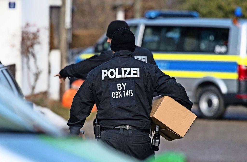 """Die Entwaffnung der """"Reichsbürger"""" geht weiter (Archivbild). Foto: dpa/Matthias Balk"""
