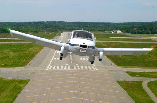 Flugzeug von Windböe erfasst - 100 000 Euro Schaden