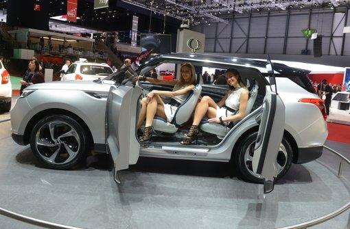 Autobranche sucht Weg zwischen Glamour und Kleinwagen