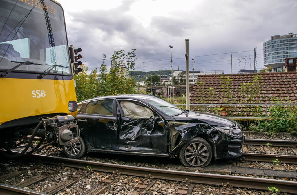 Am Donnerstag ist es zu einem Stadtbahnunfall in Untertürkheim gekommen. Foto: 7aktuell.de/Andreas Werner