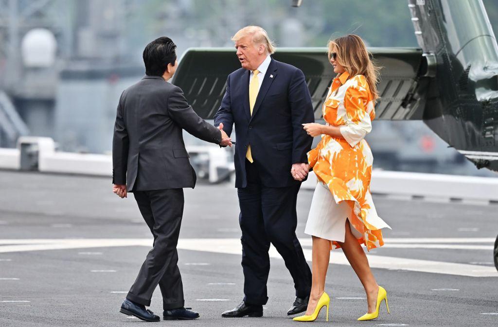 Die Trumps haben ihre Japan-Reise mit Besuchen bei örtlichen und amerikanischen Truppen abgerundet. Foto: Getty Images