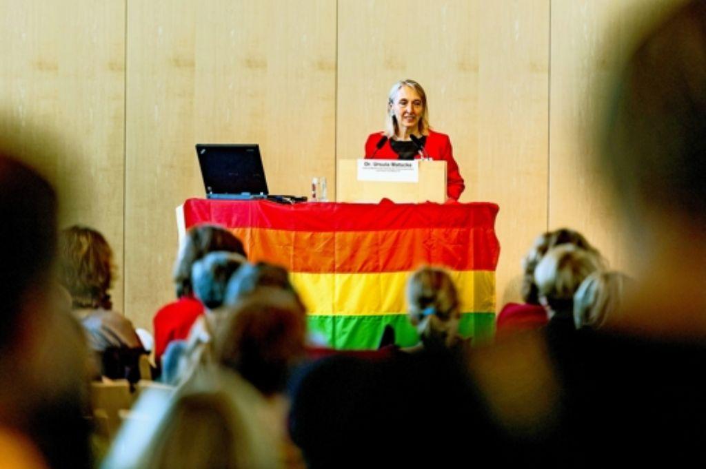 Die Gleichstellungsbeauftragte Ursula Matschke sagte, es gebe noch viel zu tun, damit gleichgeschlechtliche Paare nicht mehr diskriminiert werden. Foto: Lichtgut
