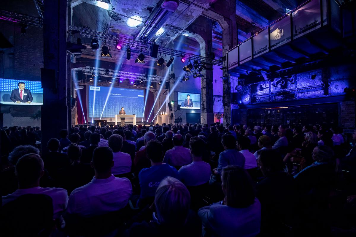 Speaker aus der Wirtschaft vermitteln auf dem High Tech Summit relevantes Wissen sowie Erfahrungswerte zu den Themen Digitalisierung, Technologien und Innovation.  Foto: bwcon