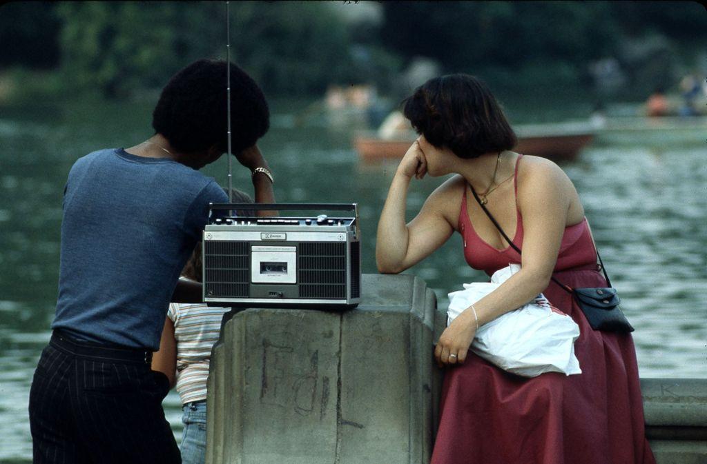 Wer Audioformate hört, entwickelt die dazugehörigen Bilder in seinem Kopf. Foto: Heinz Heiss