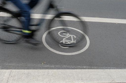 Betrunkener Fahrradfahrer stürzt vom Rad