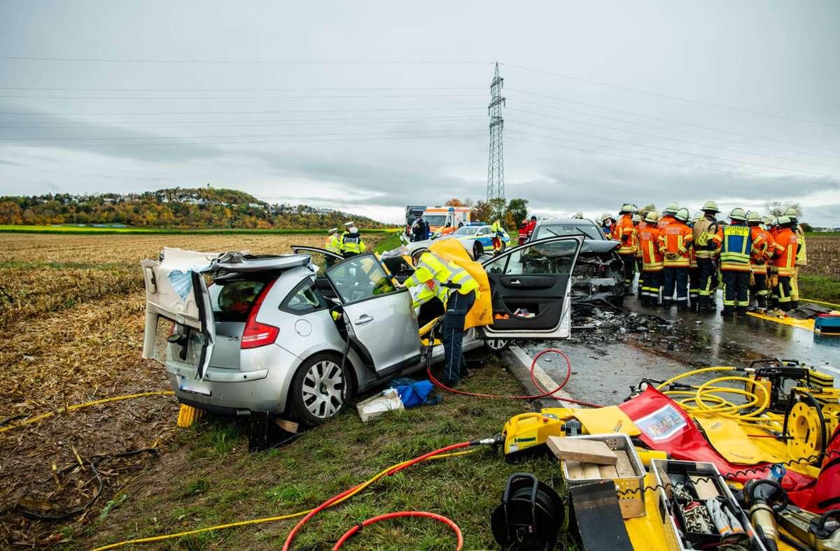 Zwei Menschen sind bei dem Unfall schwer verletzt worden. Foto: 7aktuell.de/Nils Reeh