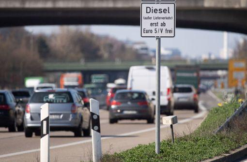 Land will in Stuttgart keine großflächigen Euro-5-Fahrverbote