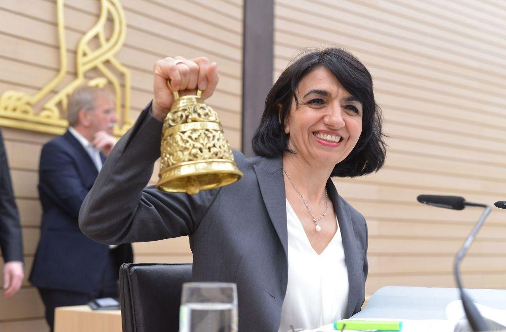 Landtagspräsidentin Muhterem Aras findest, es ist Zeit für klare Signale. Foto: dpa