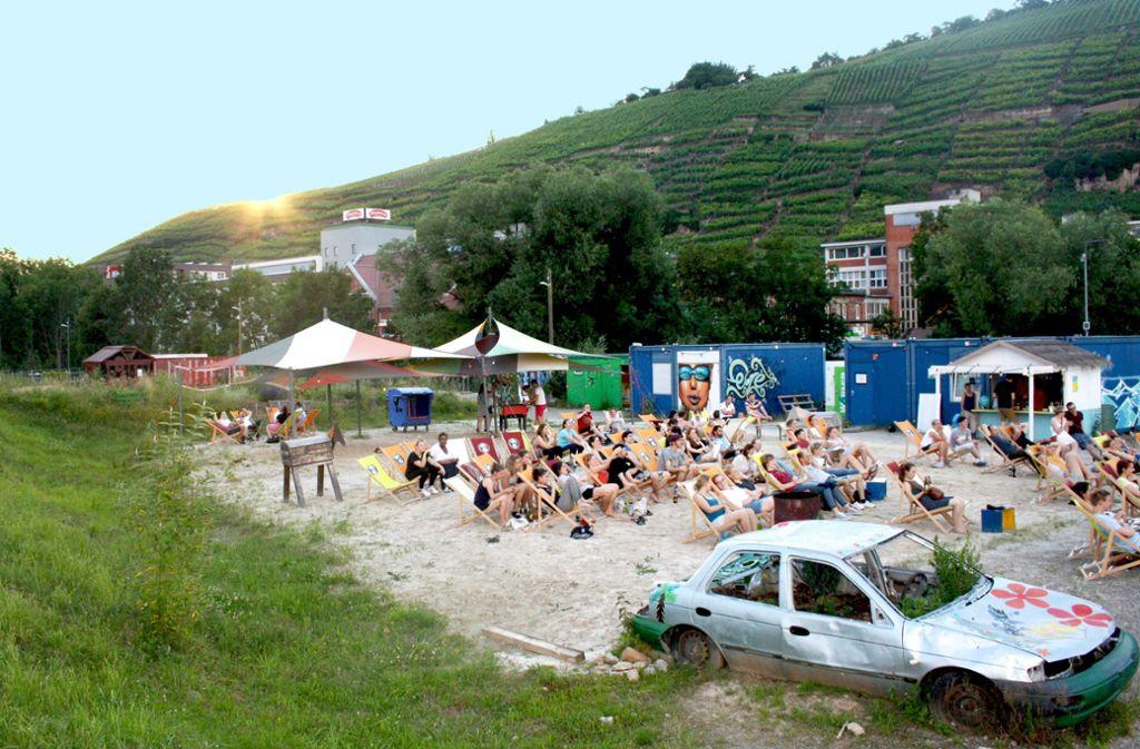 Nach der Interims-Nutzung durch den Stadtjugendring soll auf dem Westend-Gelände  ein Neubau der Hochschule Esslingen entstehen. Foto: Brünner Foto: