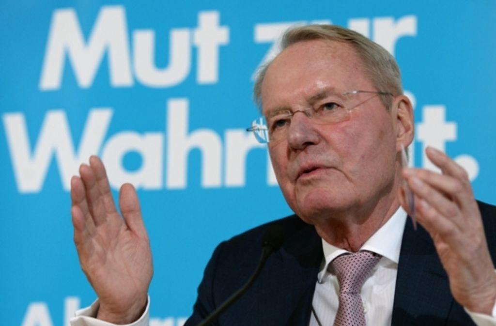 Hans-Olaf Henkel wehrt sich gegen anonyme Drohbriefe. Foto: dpa