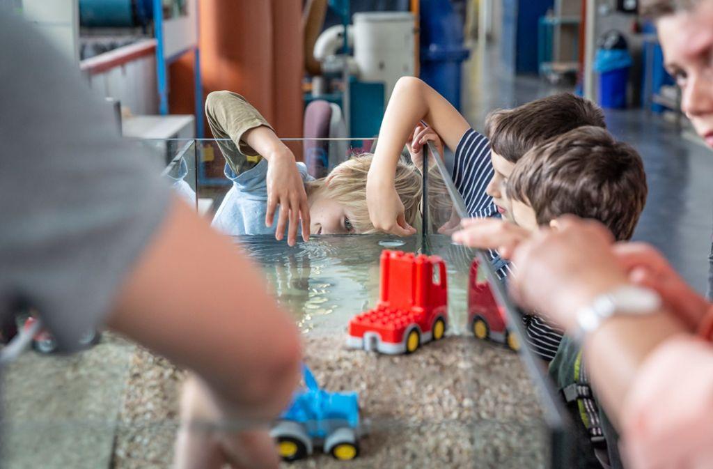 Bei der nächsten Kinder-Uni können die jungen Teilnehmer an Modellen herausfinden, wie  ein Damm funktioniert. Foto: Lichtgut
