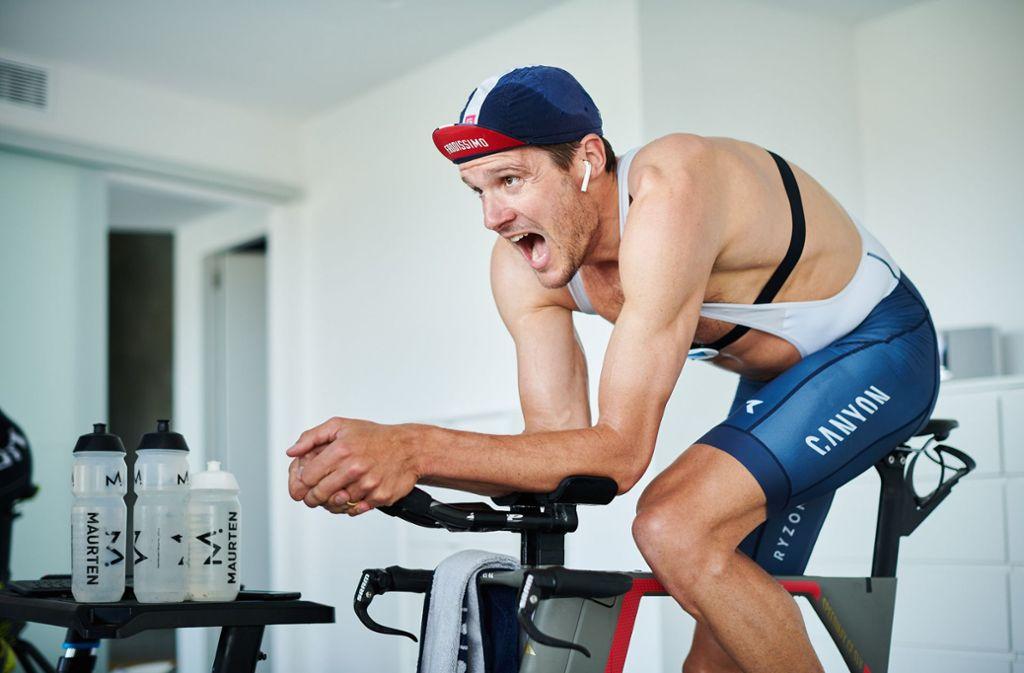 3,8 Kilometer Schwimmen, 180,2 Kilometer auf dem Rad und ein Marathon auf dem Laufband: Jan Frodeno will den Ironman-Triathlon im eigenen Zuhause schaffen. Foto: dpa/Felix Rüdiger