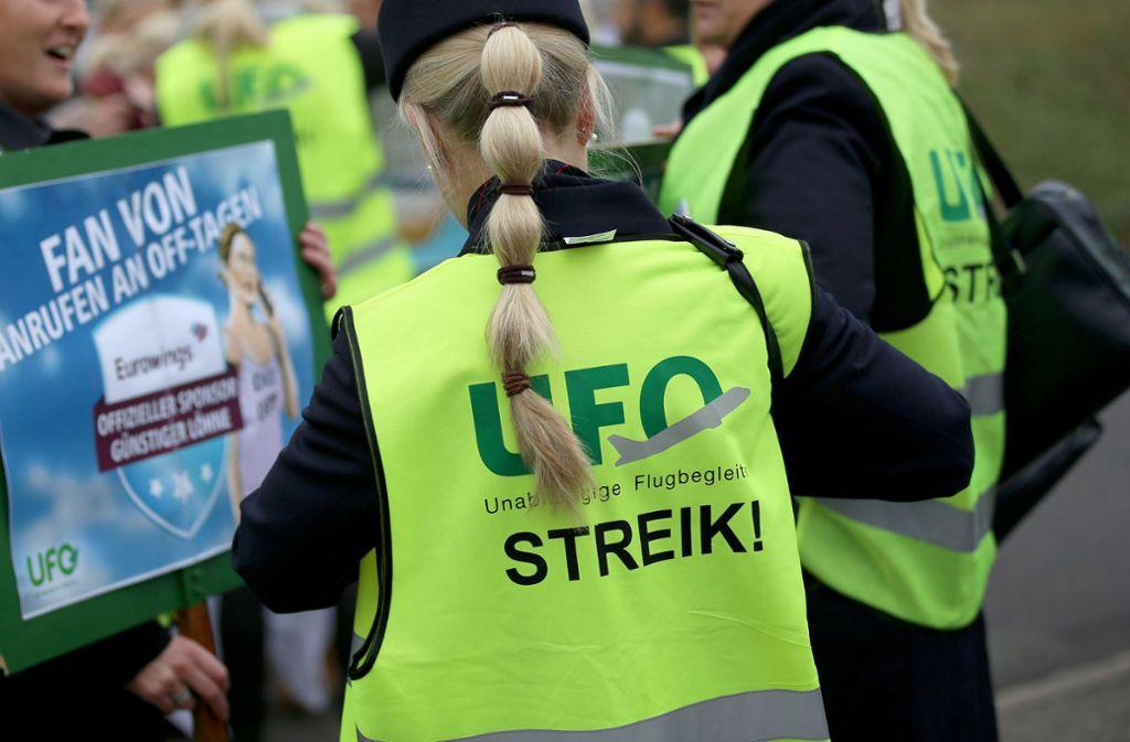 Offizieller Streikgrund sind Regelungen zur Teilzeit für Kabinenbeschäftigte. Foto: dpa/Oliver Berg