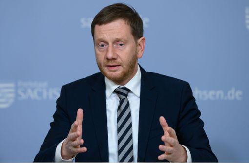 Michael  Kretschmer bleibt bei Aussage –  Kein Osterurlaub in diesem Jahr