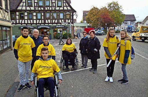 Mit Rollstühlen durch die Stadt