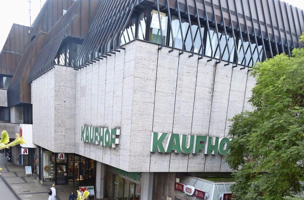 Im  November 1976 wurde der Kaufhof in der Marktstraße eröffnet. Foto: Nagel
