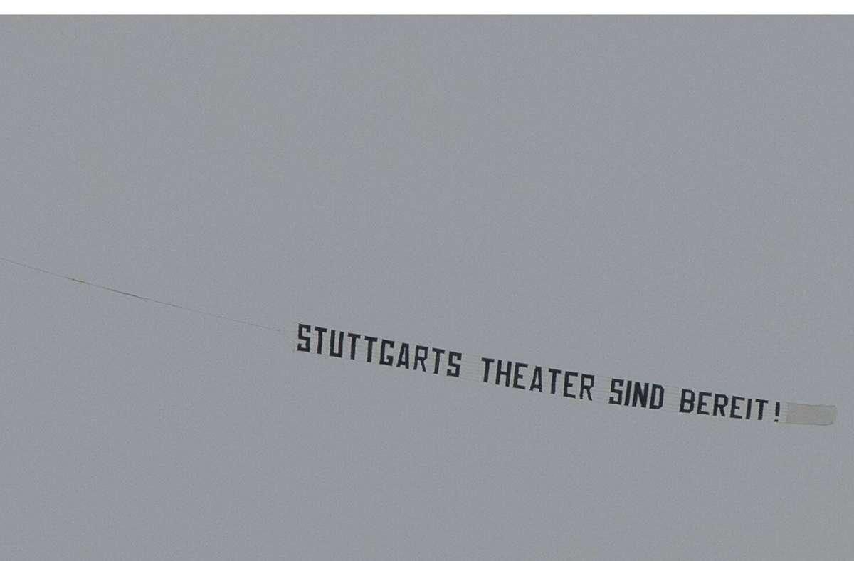 Nicht nur die Theater in Stuttgart warten auf große Öffnungen. Foto: imago images/Lichtgut/Leif Piechowski