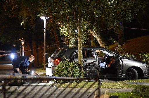 Unbekannte schießen auf Auto in Schweden