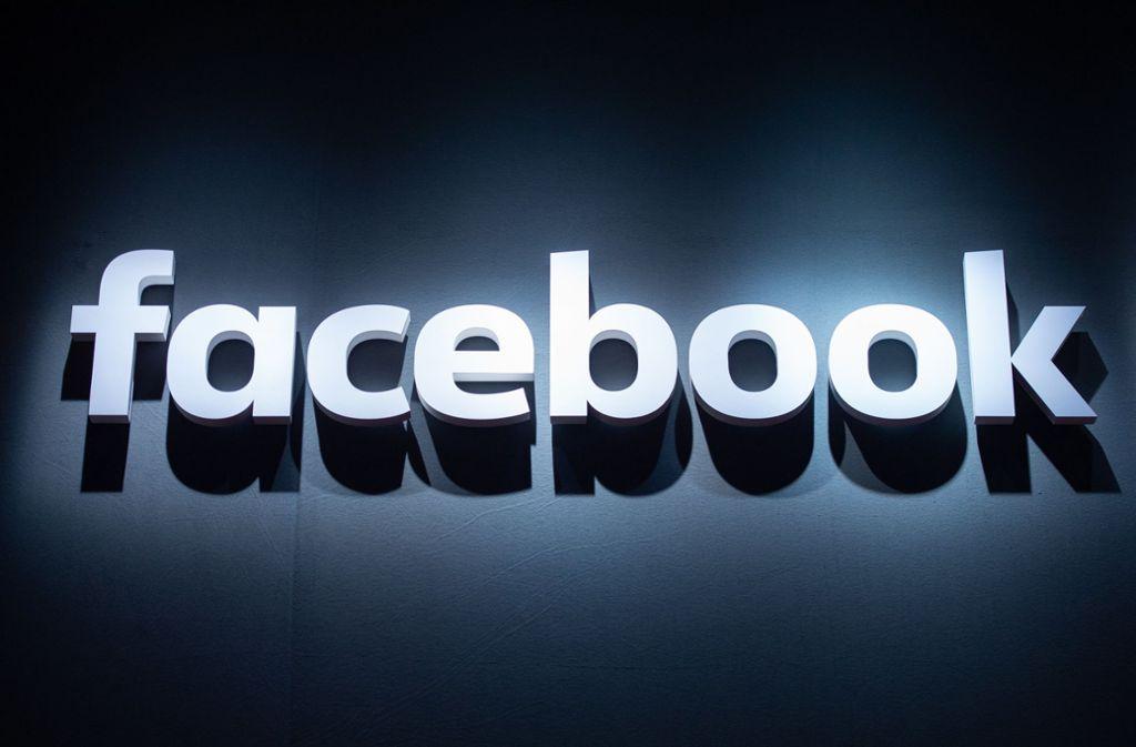Facebook hat eine neue Imagekampagne gestartet. Foto: dpa/Christophe Gateau